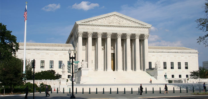 U.S. Supreme Court Building / Source: Wikimedia Commons and 350z33